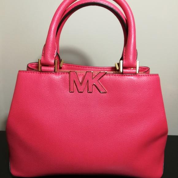 c14569fcc93333 Michael Kors Bags   Sold Florence Satchel   Poshmark